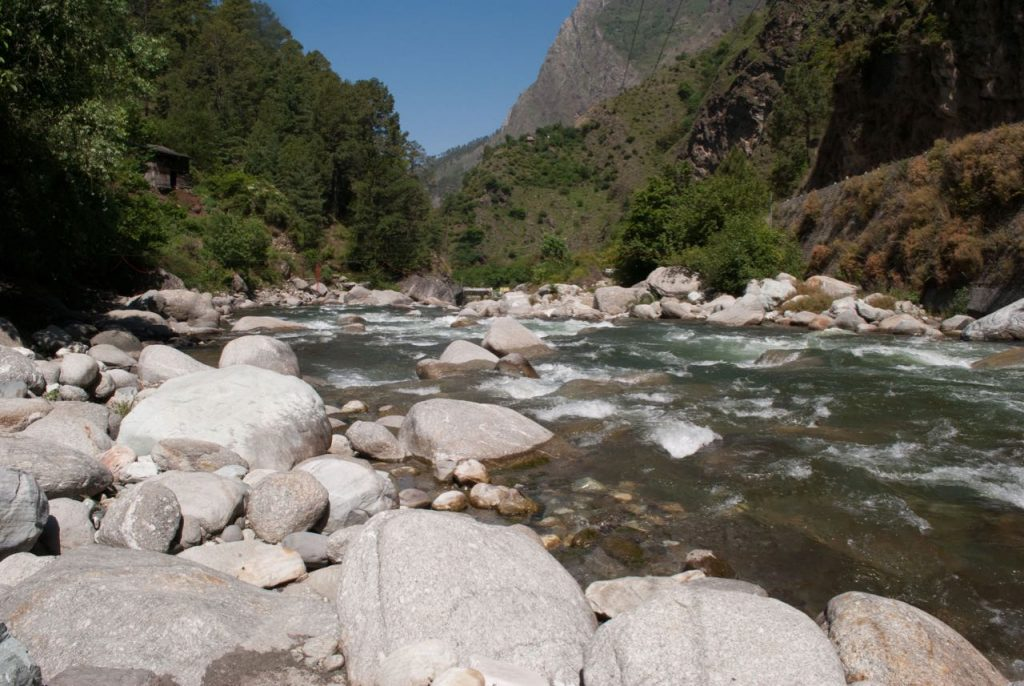 Tirthan River on a bright sunny day