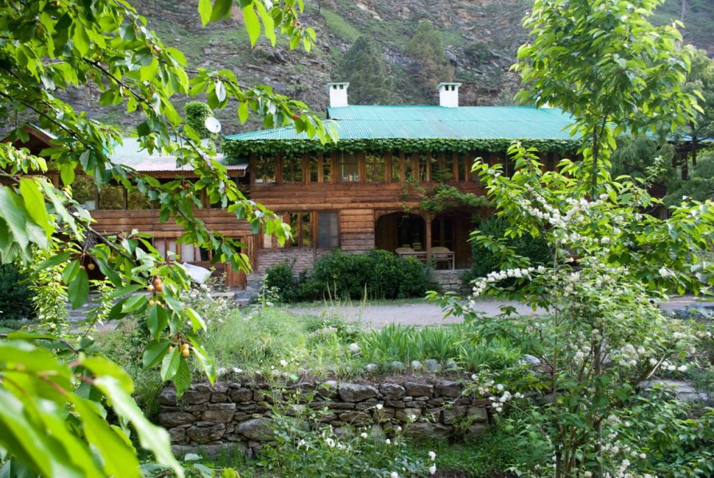 Raju Bharti Guest House Gushaini