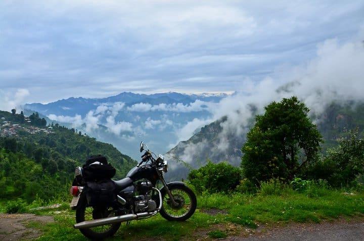 A view enroute Daranghati