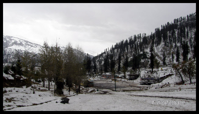 Solang Valley Snowfall
