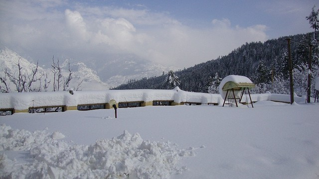 Pabbar Valley, a place to enjoy Snowfall near Delhi