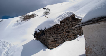 Snow Trek to Tungnath