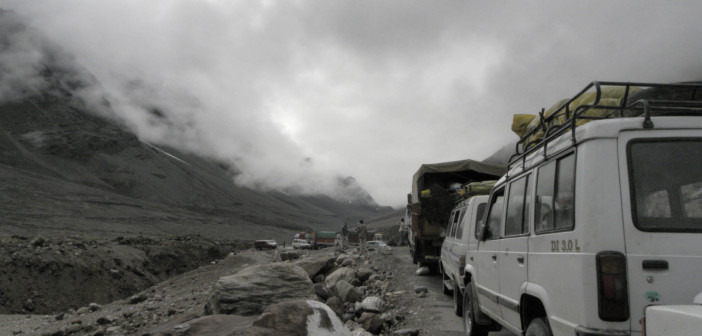 Non – HP Vehicles Need Permit on Manali – Rohtang Pass Road