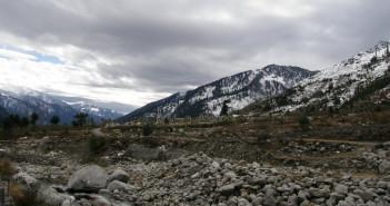 Snow at Manali and Naggar | Honeymoon Trip