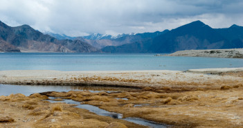Travel Guide for Pangong Tso Lake in Ladakh