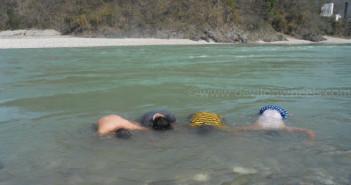 4 Ways of Adventure Bathing in Rishikesh – 1