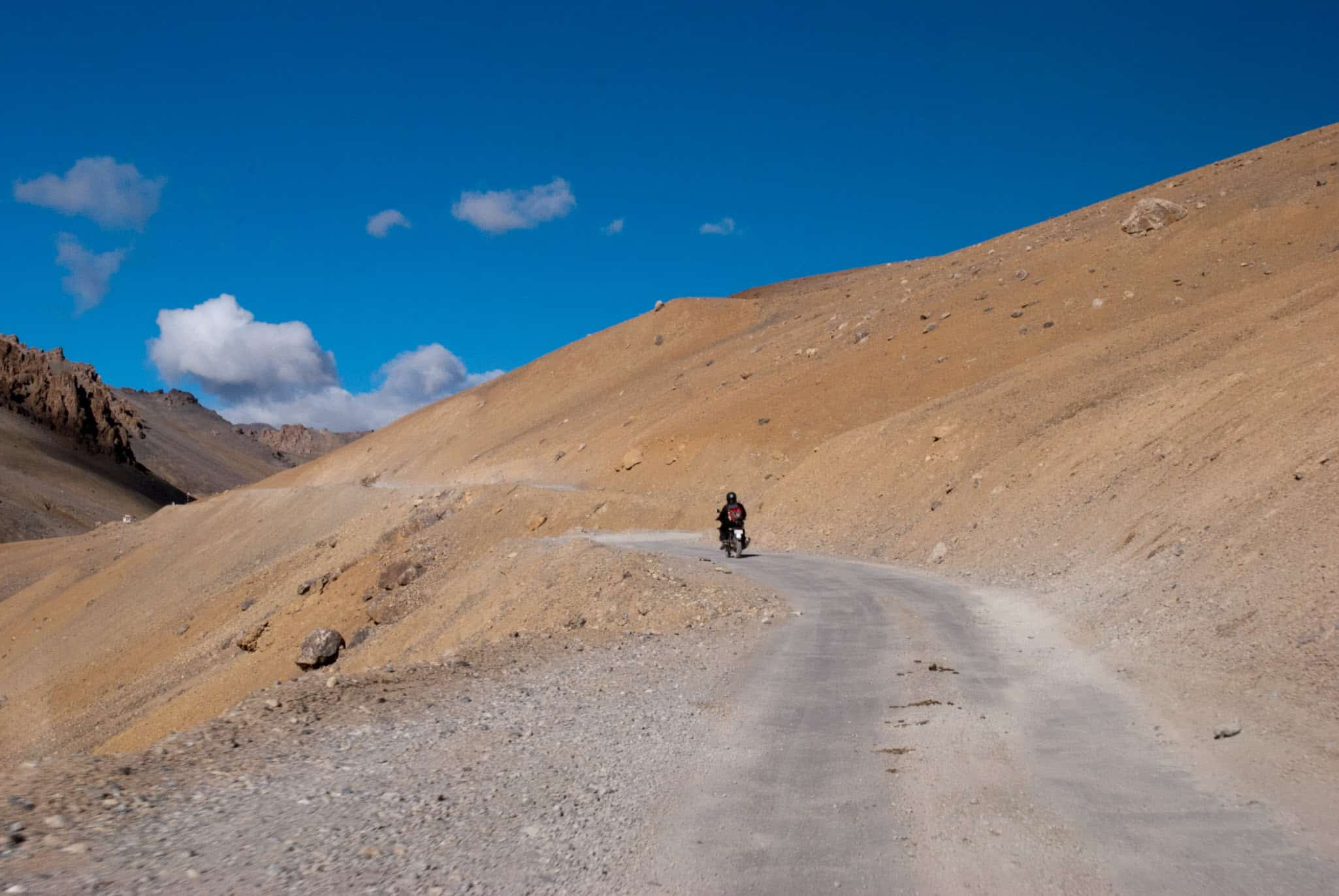 When you ride alone on Manali Leh Highway