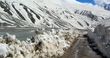 The perils of Manali Kaza Road