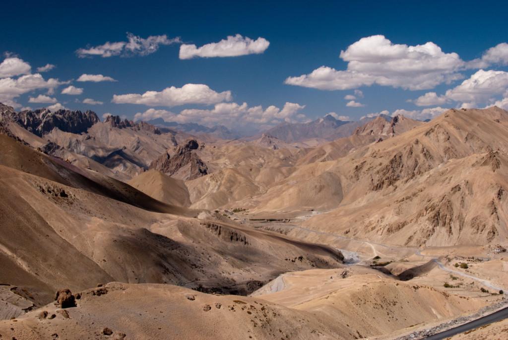 The barren views of Srinagar Leh Highway