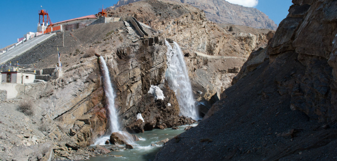 Lingti - The point where you go uphill to Demul from Kaza