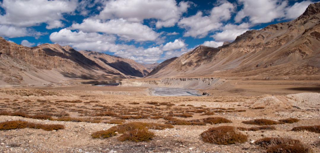 Sarchu, the border with endless boundaries