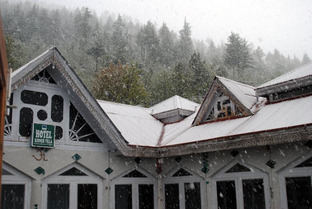 Snowfall in Kalpa in April