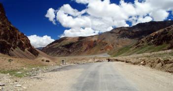 Manali – Leh & Srinagar – Leh Road Connectivity Restored
