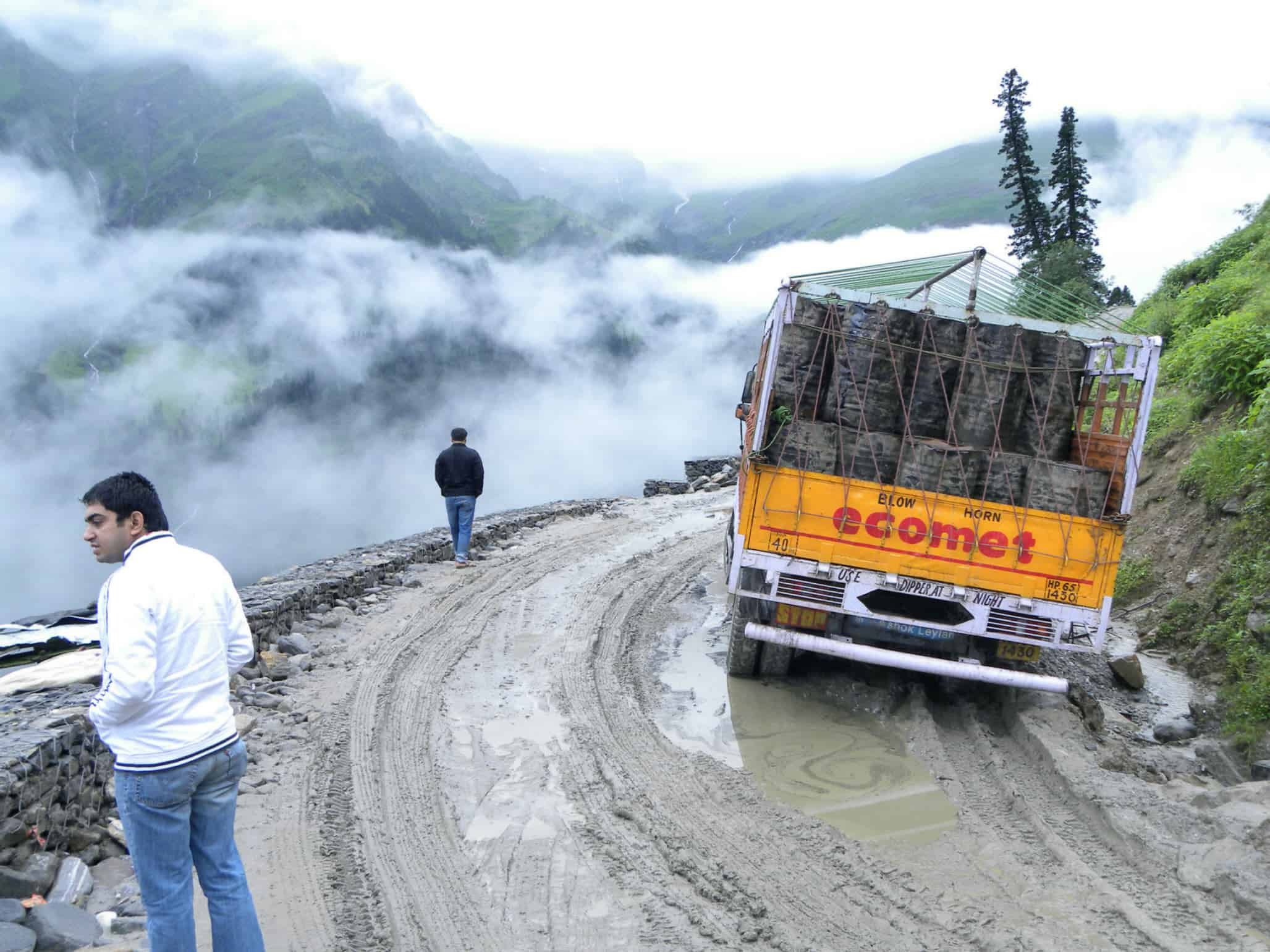 Wheels Up Partners >> Ladakh Journey | Rohtang Pass Dreadful Drive - Devil On Wheels™