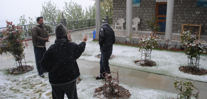 More Snowfall at Manali, Shimla, Dharamshala, Kashmir Valley