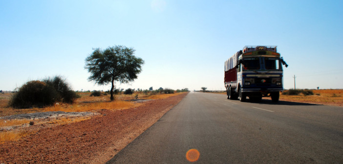 Royale Rajasthan | Bikaner to Jaiselmer, The Zooming Drive