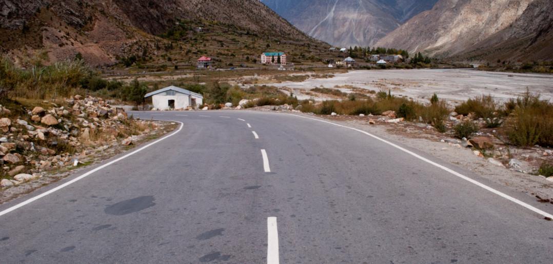 Beautiful Roads at Jispa