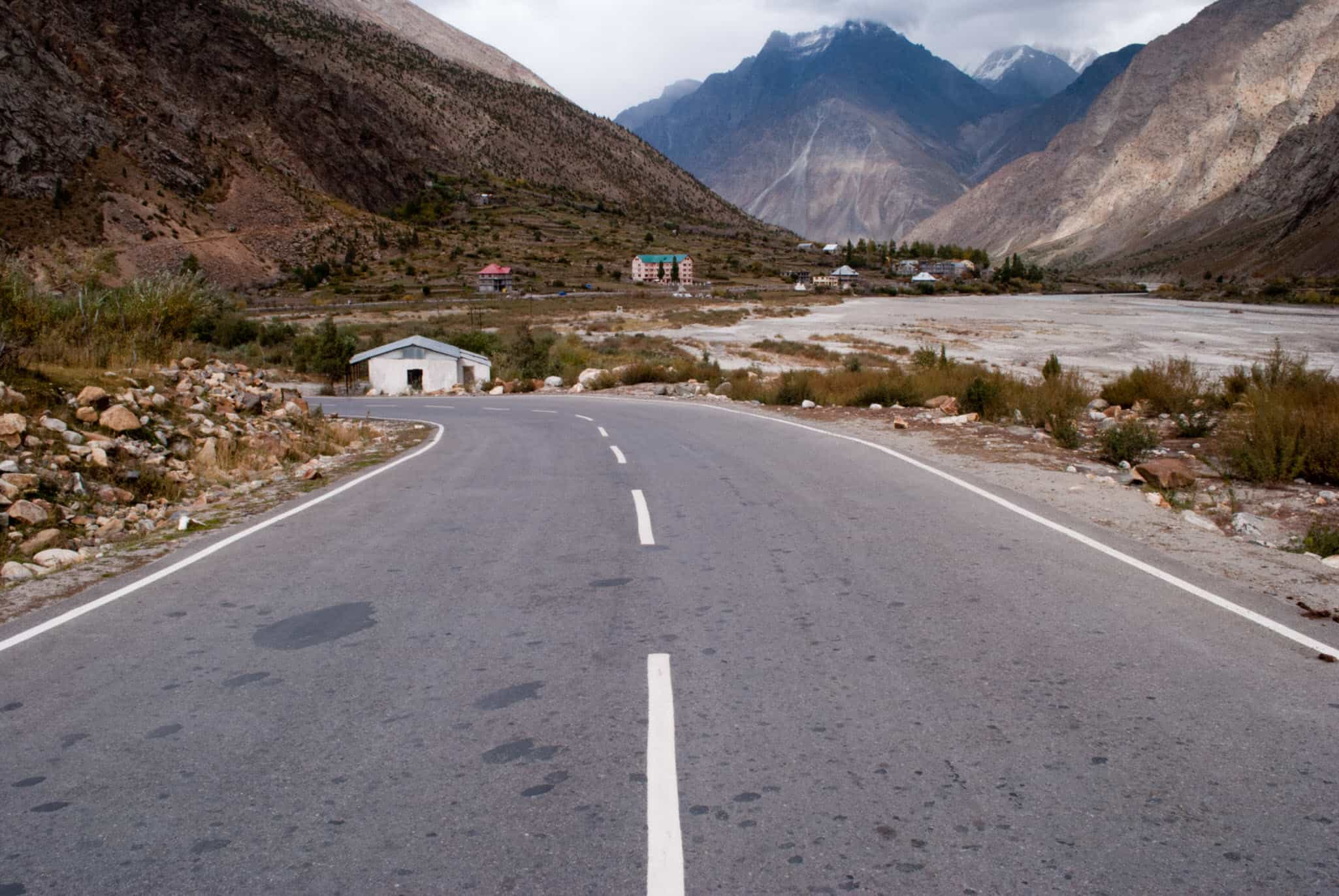 Manali – Leh Highway Status 2011 | Rohtang Pass May Open Soon