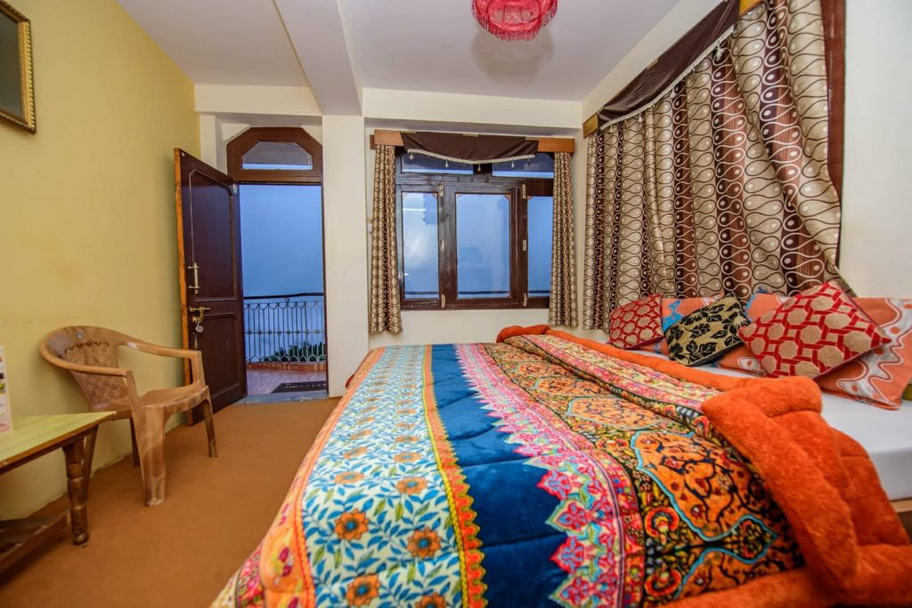 Hotel Apple Pie Kalpa