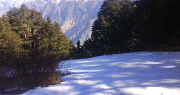Auli with snow