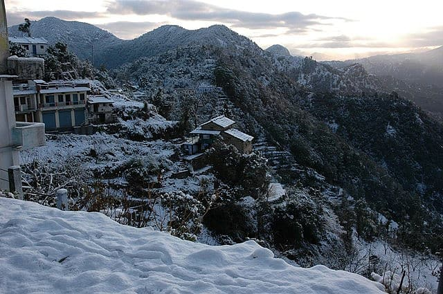 Khirsu, a place to enjoy Snowfall in Uttarakhand