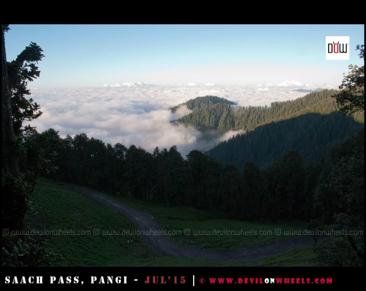 On top of clouds at Jalori Pass