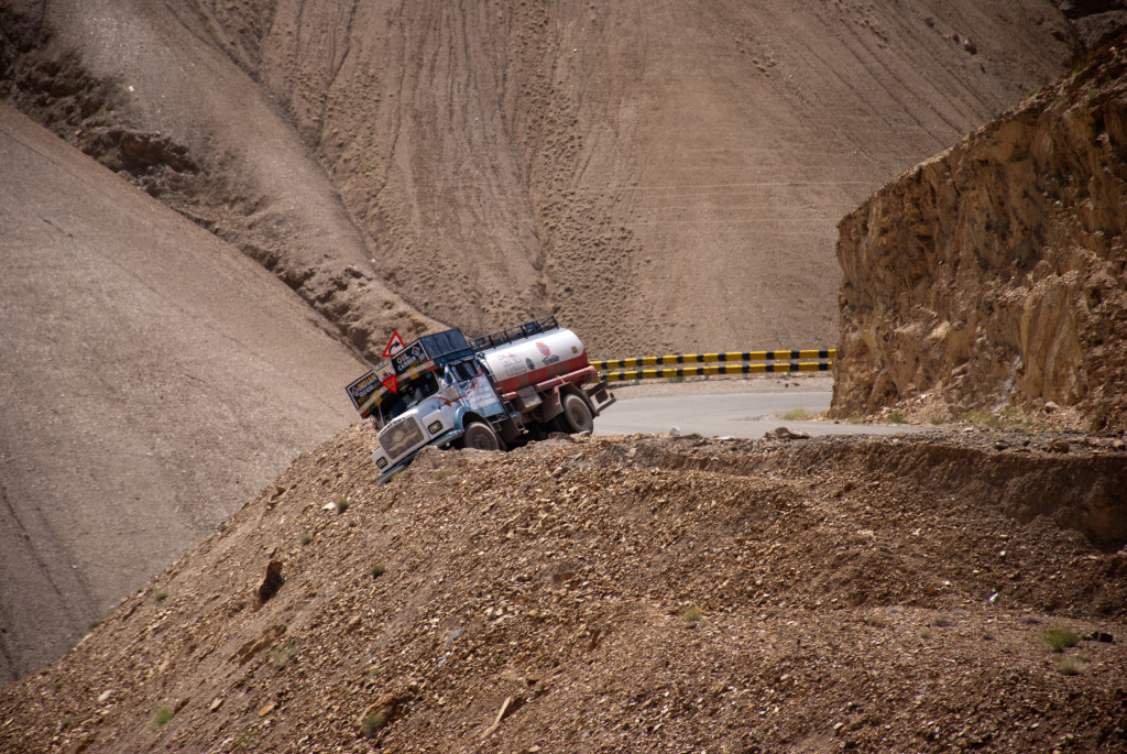 Srinagar - Leh Highway Status 2016