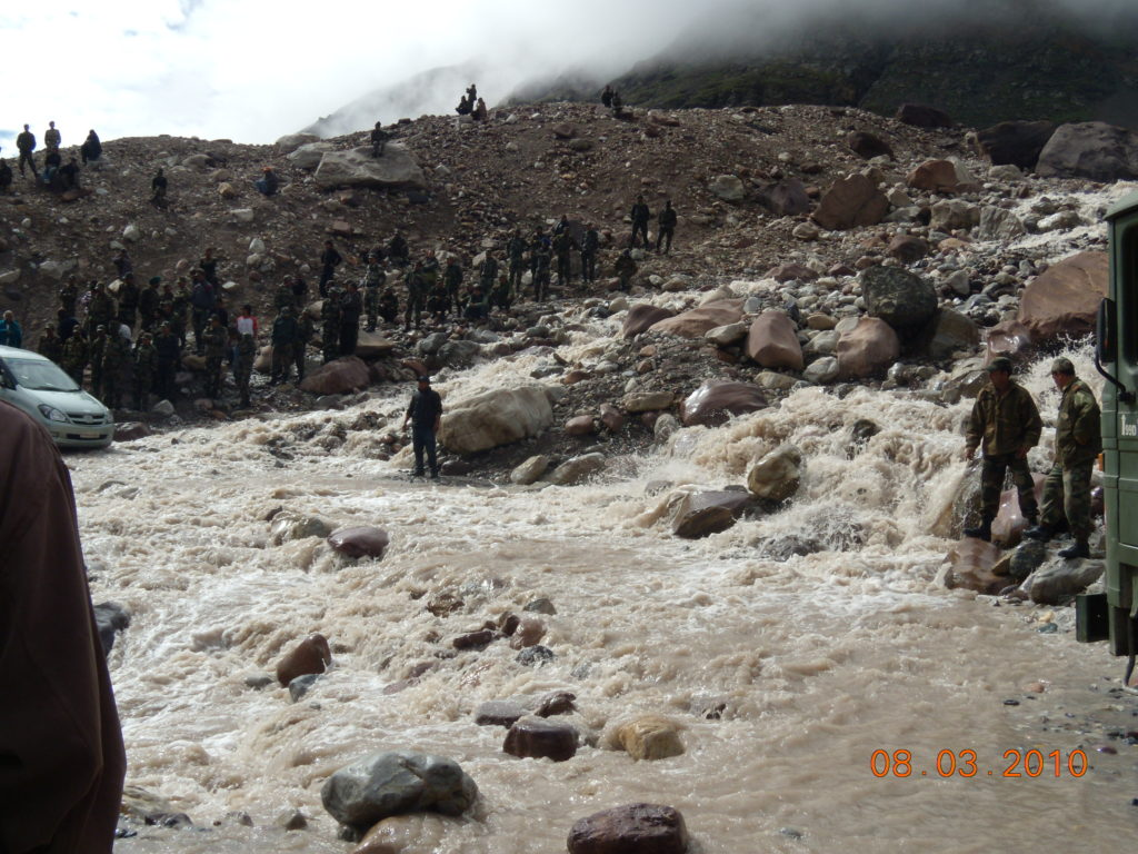 Gushing water crossing on Manali - Leh Highway in Monsoons