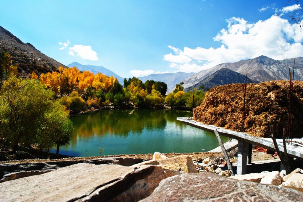 Beautiful Colors of Nako Lake in Fall