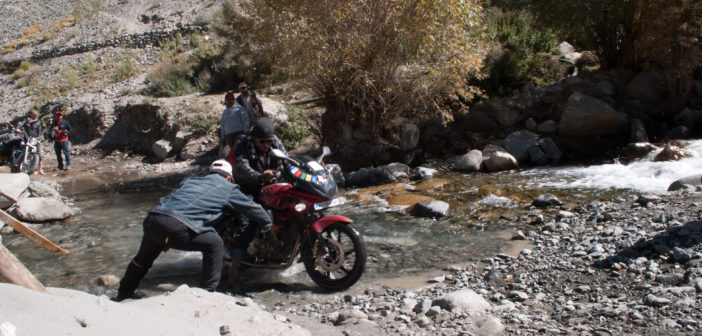 How to make Ladakh trip on 100cc Bike or a Scooty?