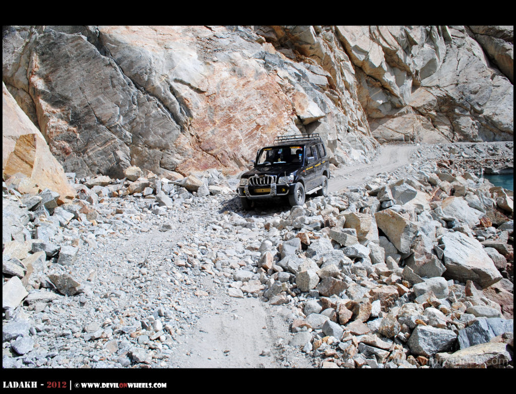 The adventurous roads in Ladakh
