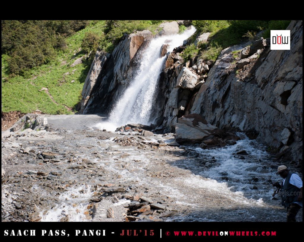 One of the many water crossings / nallas on the way to Sach Pass