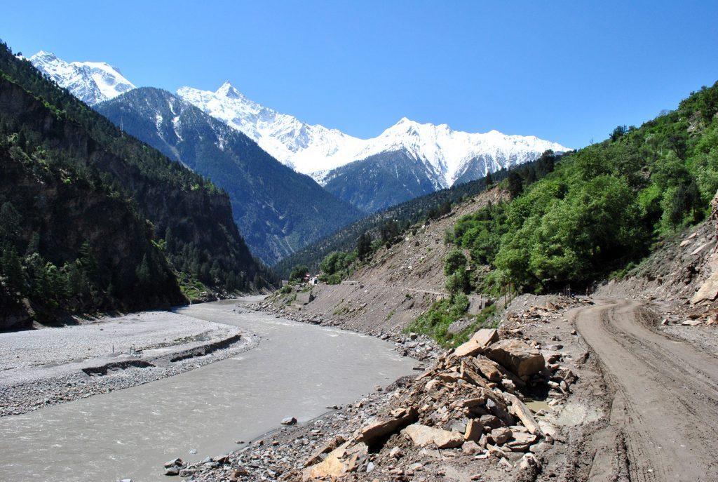 The slush on road to Spiti Valley