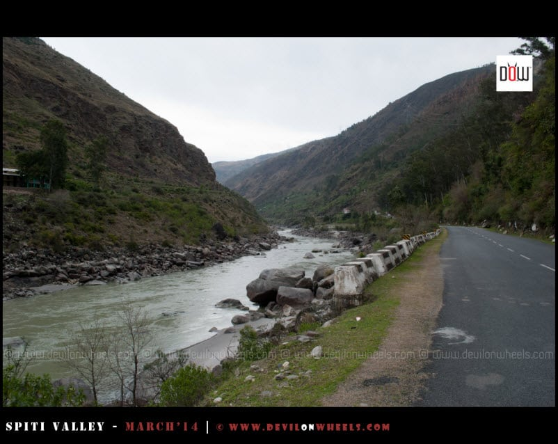 Satluj River, flowing besides NH5, the road to Kinnaur and Spiti