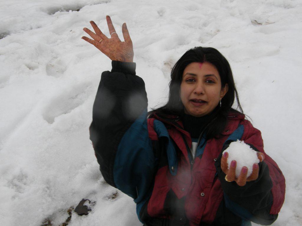 Confused in choosing Honeymoon Destinations in Himachal Pradesh?