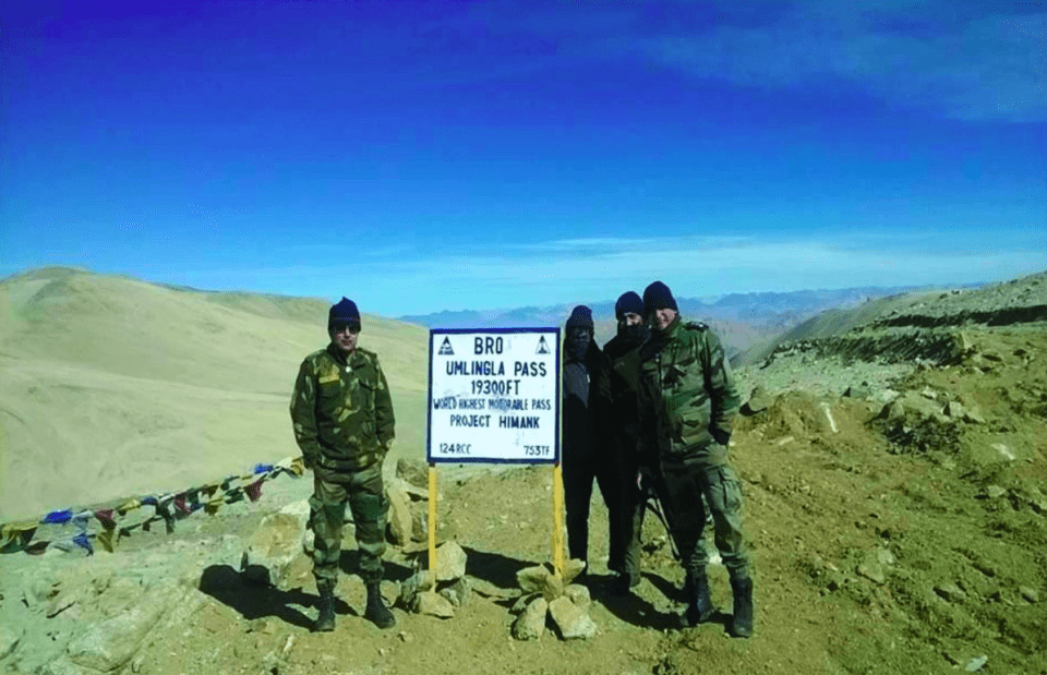 Umling La Pass, the highest mountain pass in the world