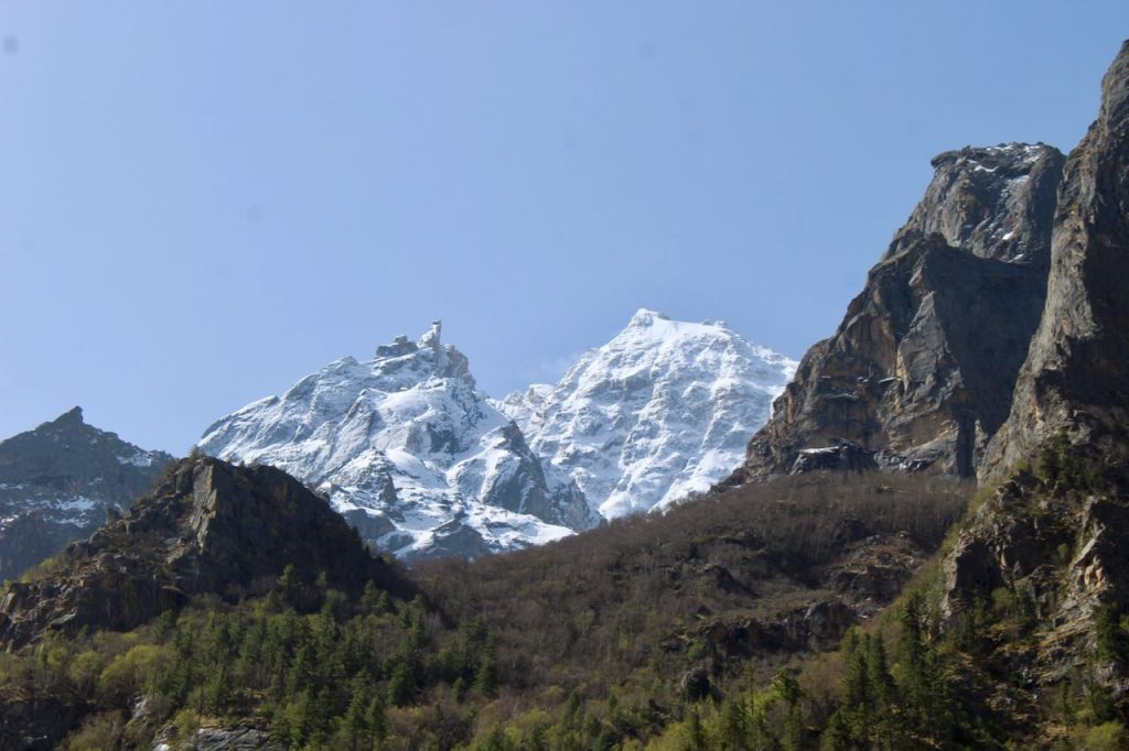 Another view on the trek to Gaumukh from the month of may