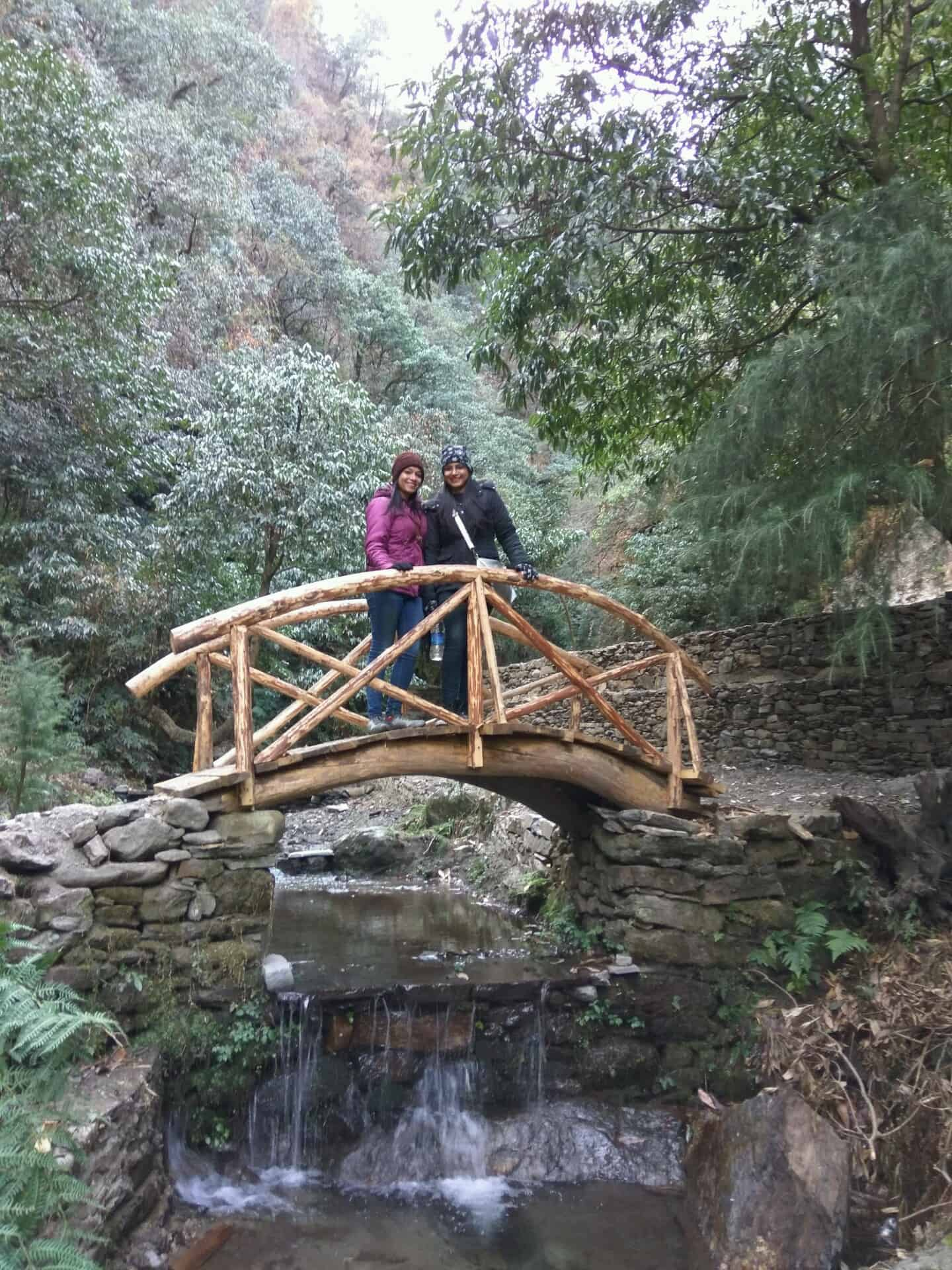 Bridge at Jibhi waterfall