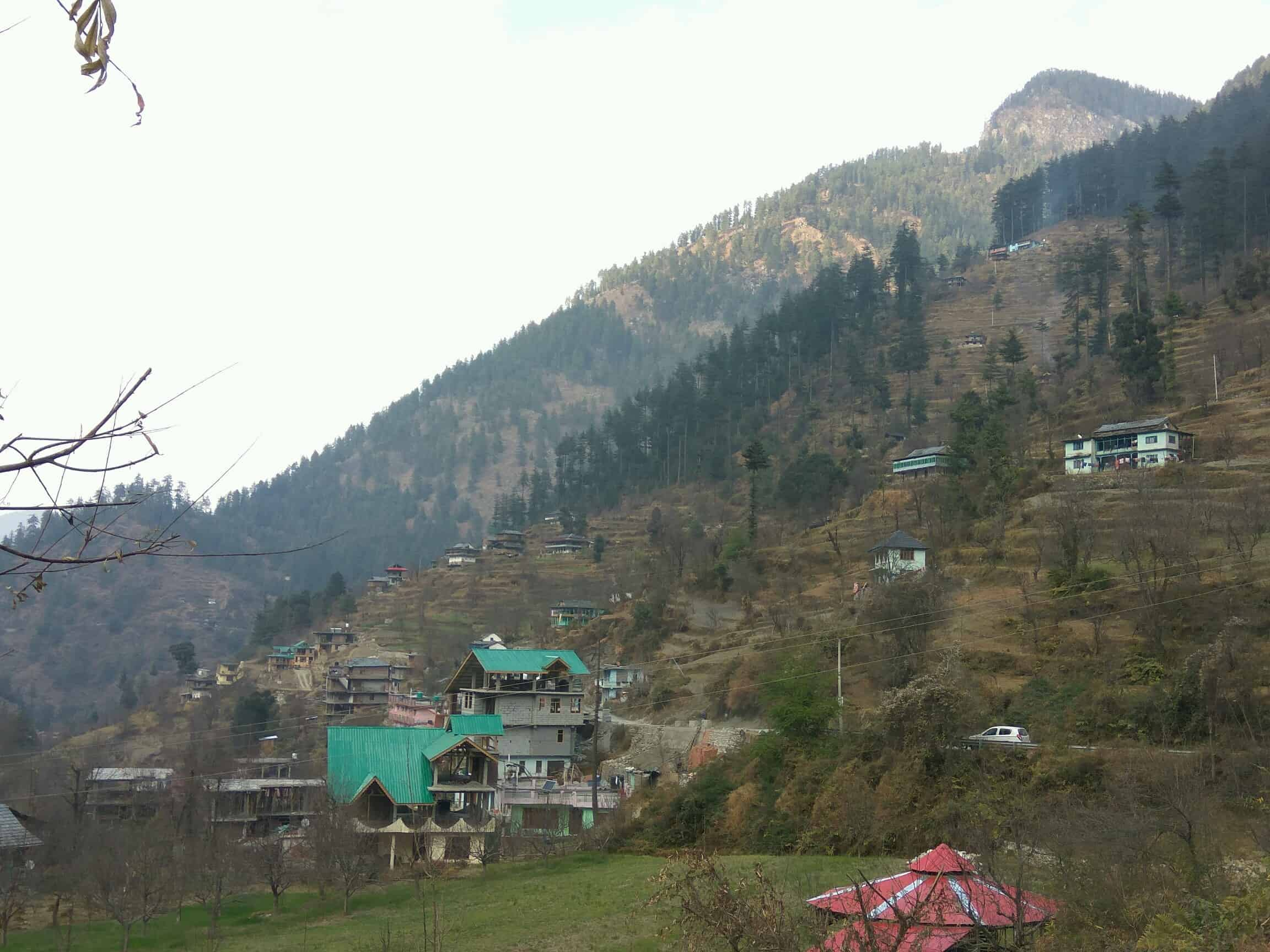 view from the home-stay at Jibhi village