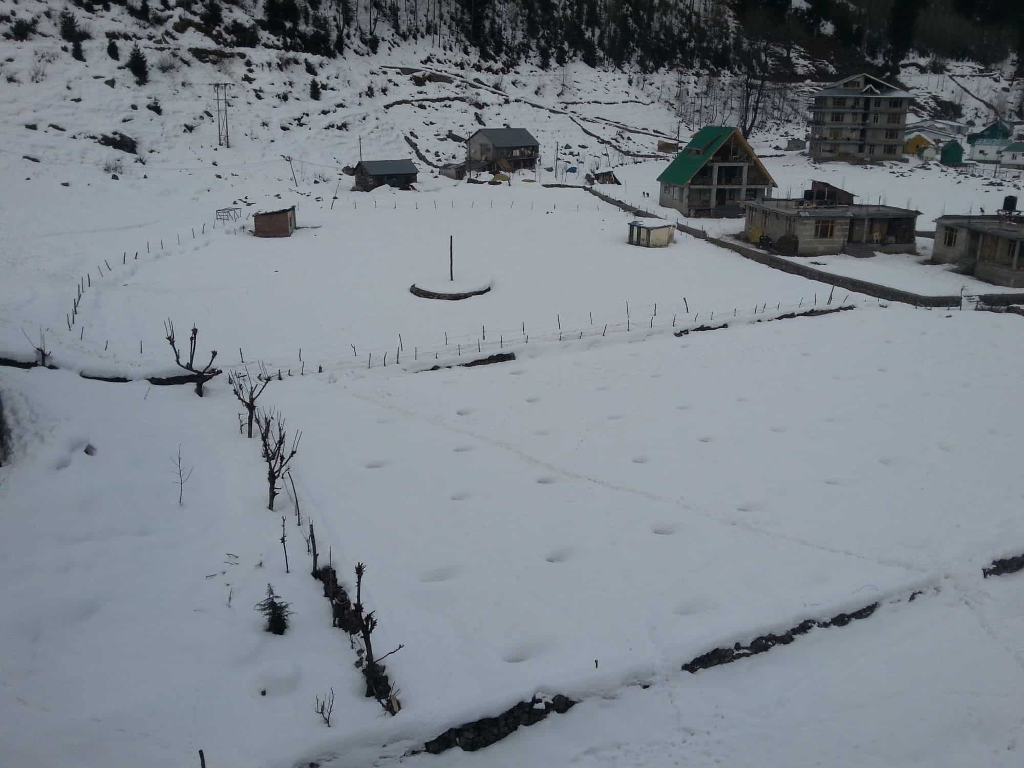 Snow covered fields in Solang