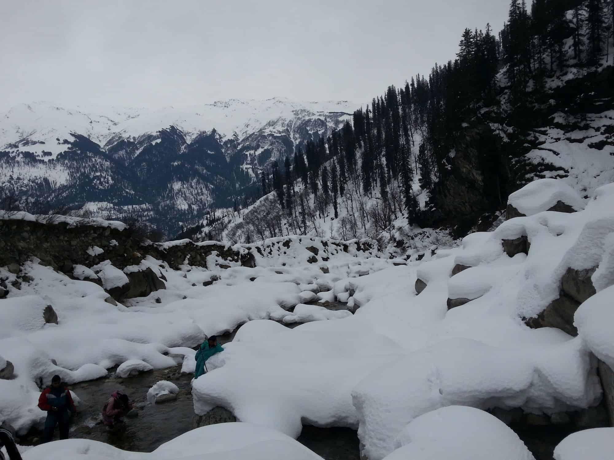 Solang valley snowfall