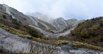 The famous hairpin bends of East Sikkim