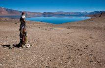 The prayers at Tso Moriri lake