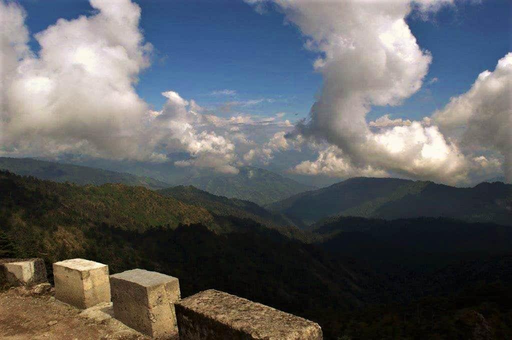 Enroute Bikheybhanjan to Sandakphu