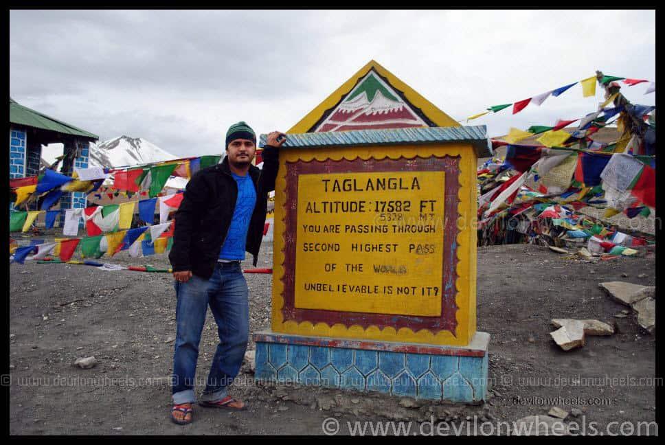 Tanglang La Pass and yeah, that's me :)