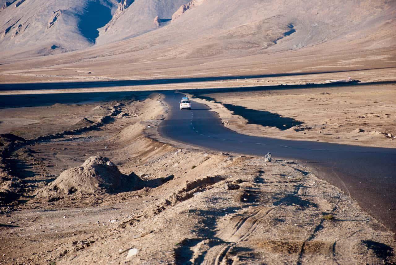 Excellent Roads at Moore Plains - Manali Leh Highway