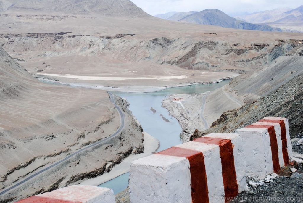 Confluence of Indus(left) and Zanskar(right)