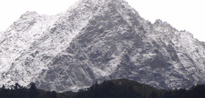 Mcleodganj mountain range of Dhauladhars