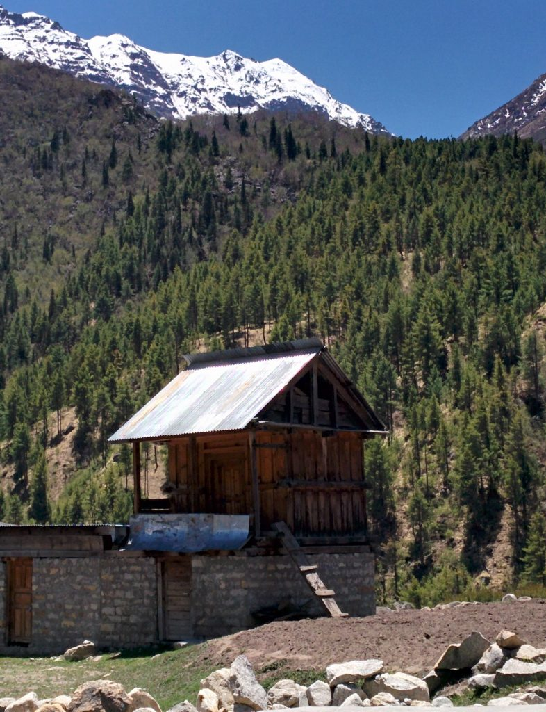 Quaint little place of Chitkul with perfect skies and mountain backdrops!