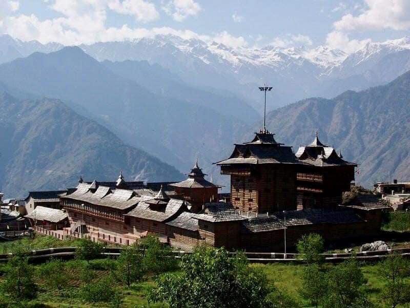 Sarahan Bimakali Temple and the beautiful backdrop view